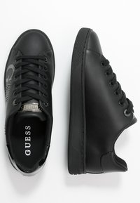 Guess - RIDERR - Sneakersy niskie - black - 3