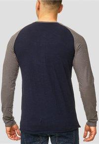INDICODE JEANS - LONGSLEEVE WILLBUR - Long sleeved top - dark blue - 2
