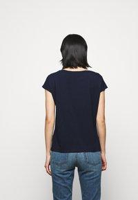 Lauren Ralph Lauren - UPTOWN - Print T-shirt - french navy - 2