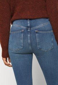 New Look Petite - CONTOUR - Skinny džíny - mid blue - 7