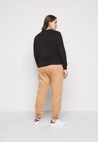 Even&Odd - BASIC REGULAR FIT CROPPED SWEATSHIRT - Sweatshirt - black - 2
