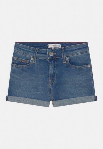 NORA BASIC - Shorts di jeans - summermedblue