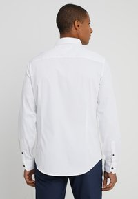 Armani Exchange - Camisa elegante - white - 2