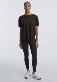 OYSHO - T-shirt basique - black - 1