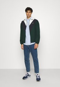 Lacoste - Summer jacket - sinople/abysm/flour - 1