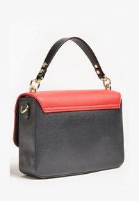 Guess - Handbag - Rot/merf. - 2