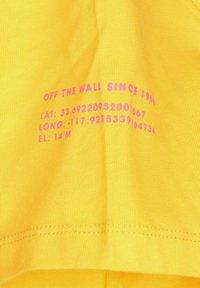 Vans - Print T-shirt - lemon chrome - 2