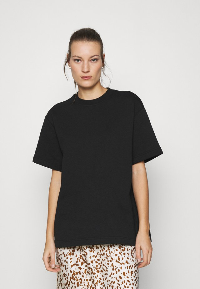 LIONELLE - T-shirt basic - black