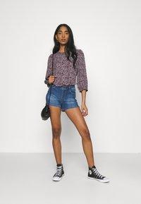 Vero Moda - VMLYDIA - Denim shorts - medium blue denim - 1