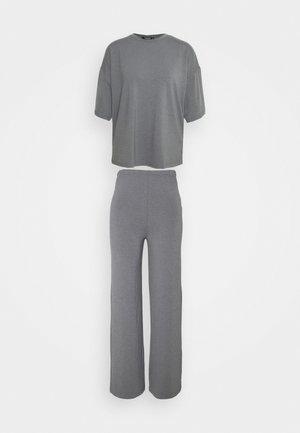 WIDE LEG SET - Trousers - grey