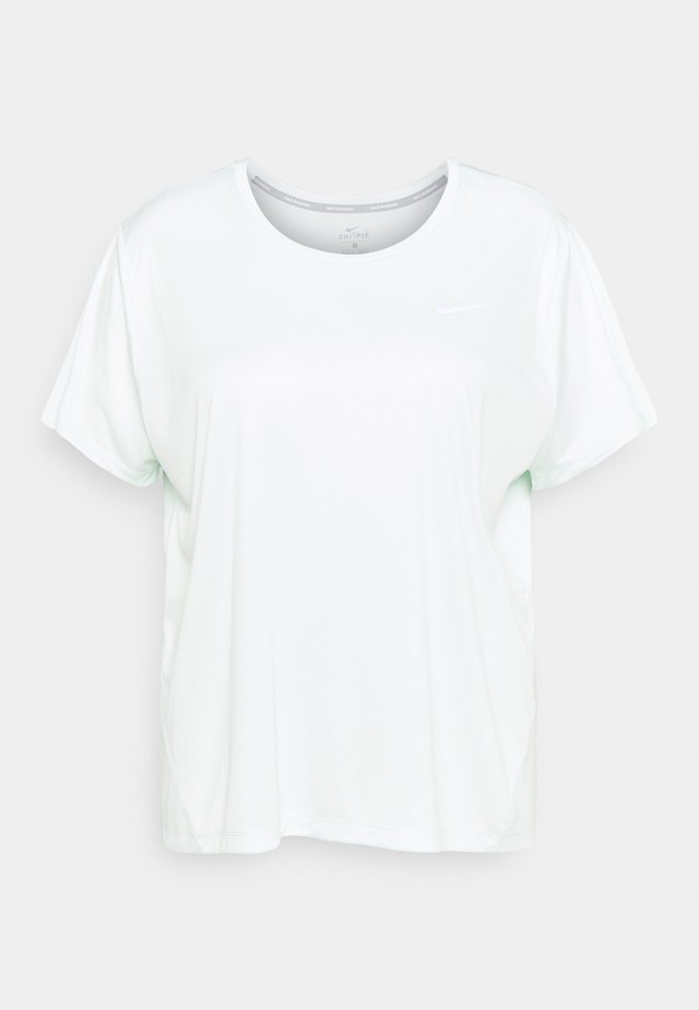 DRY MILER PLUS - Basic T-shirt - barely green/reflective silver