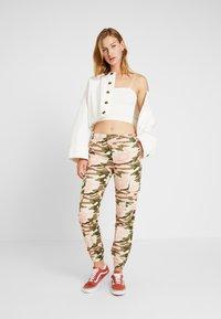 TWINTIP - Trousers - dark green - 1