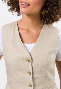 zero - Waistcoat - raw cotton - 3