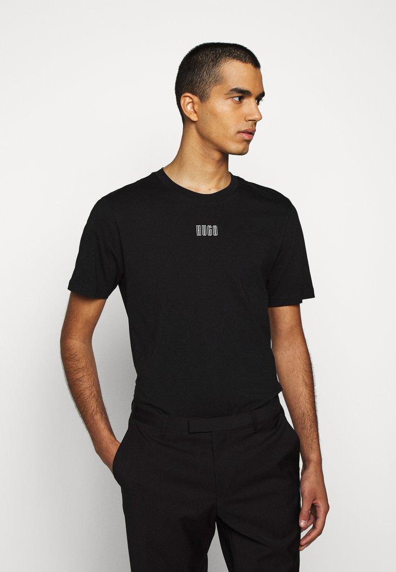 HUGO - DURNED - Print T-shirt - black