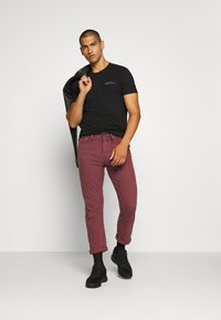 Denham - CROP - Relaxed fit jeans - rosewood - 1