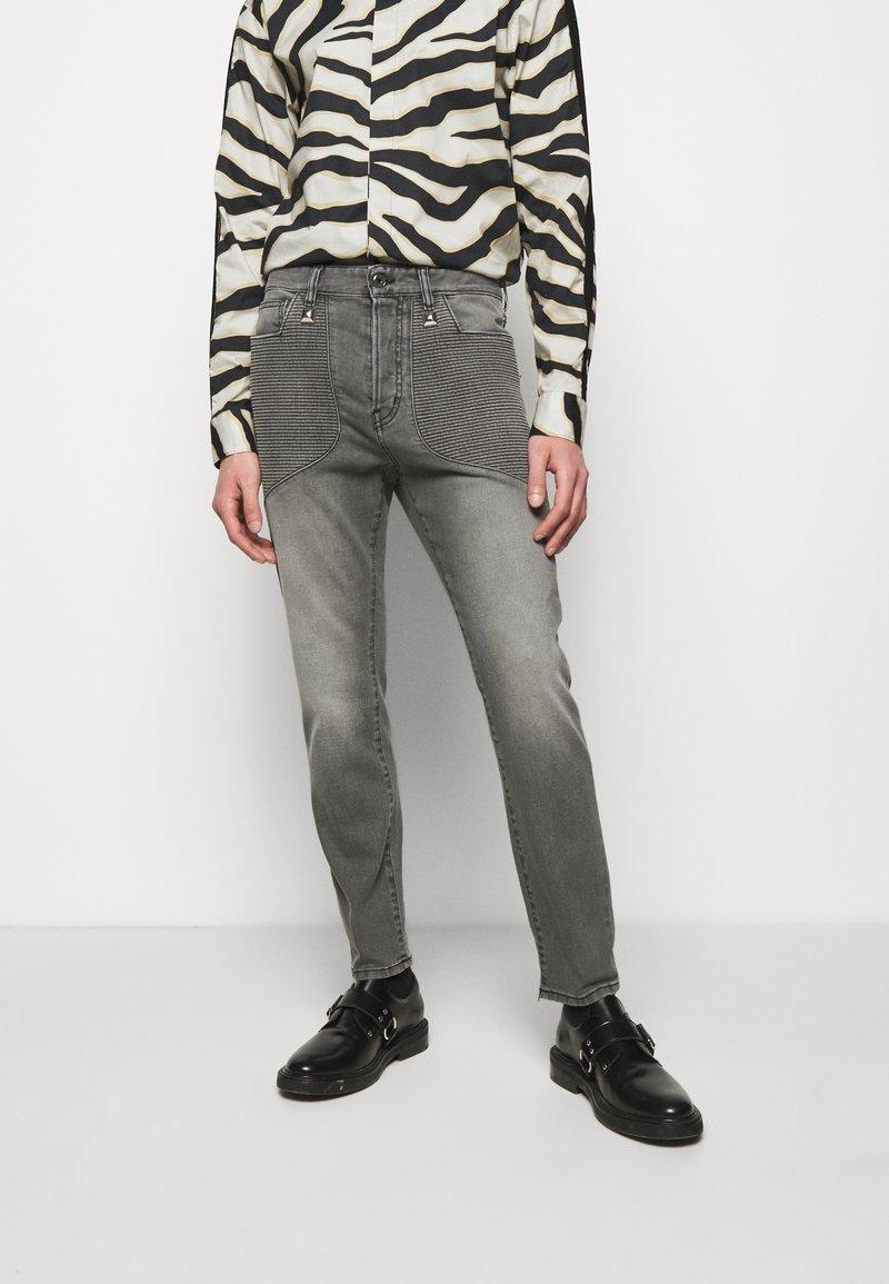 Just Cavalli - Jeans Tapered Fit - black denim