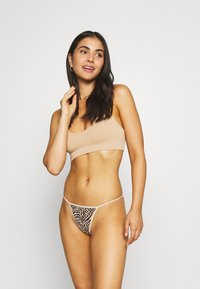 Out From Under for Urban Outfitters - 2 PACK - Stringit - black - 0