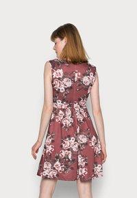 Anna Field - CACHE COEUR PRINTED DRESS - Jerseykjole - light pink - 2