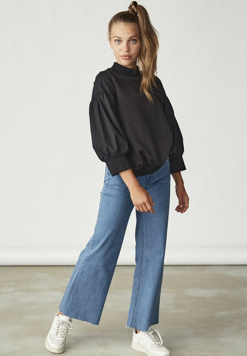 LMTD - Long sleeved top - black