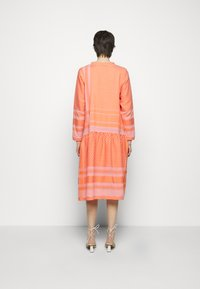 CECILIE copenhagen - JOSEFINE - Day dress - flush - 2