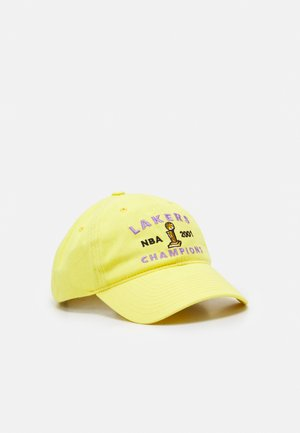 NBA LOS ANGELES LAKERS STONE WASHED CHAMPIONS DAD HAT - Pet - yellow