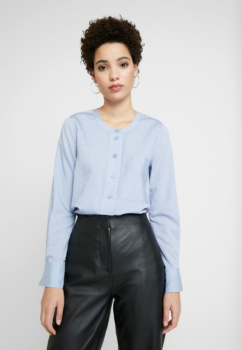 And Less - ALACE BLOUSE - Blouse - colony