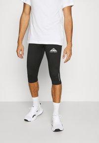 Nike Performance - TRAIL 3/4 - Tights - black/dark smoke grey/white - 0