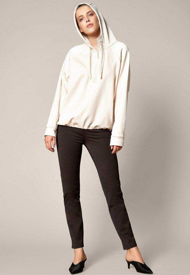 AUDREY - Jeans slim fit - darkcho