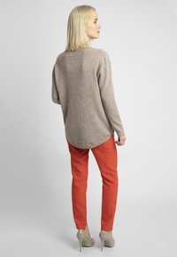 Apart - Pullover - taupe - 2