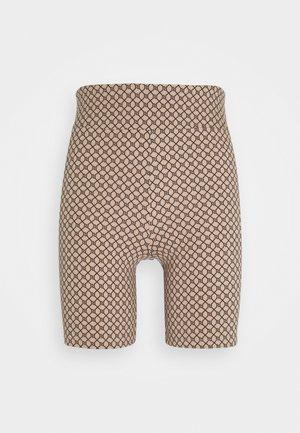 Shorts - tan/black