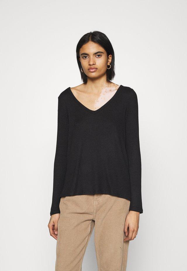BUTTER PLUSH LAWS - T-shirt à manches longues - true black