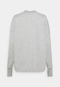 Nike Sportswear - FEMME - Zip-up hoodie - grey heather/matte silver/white - 7