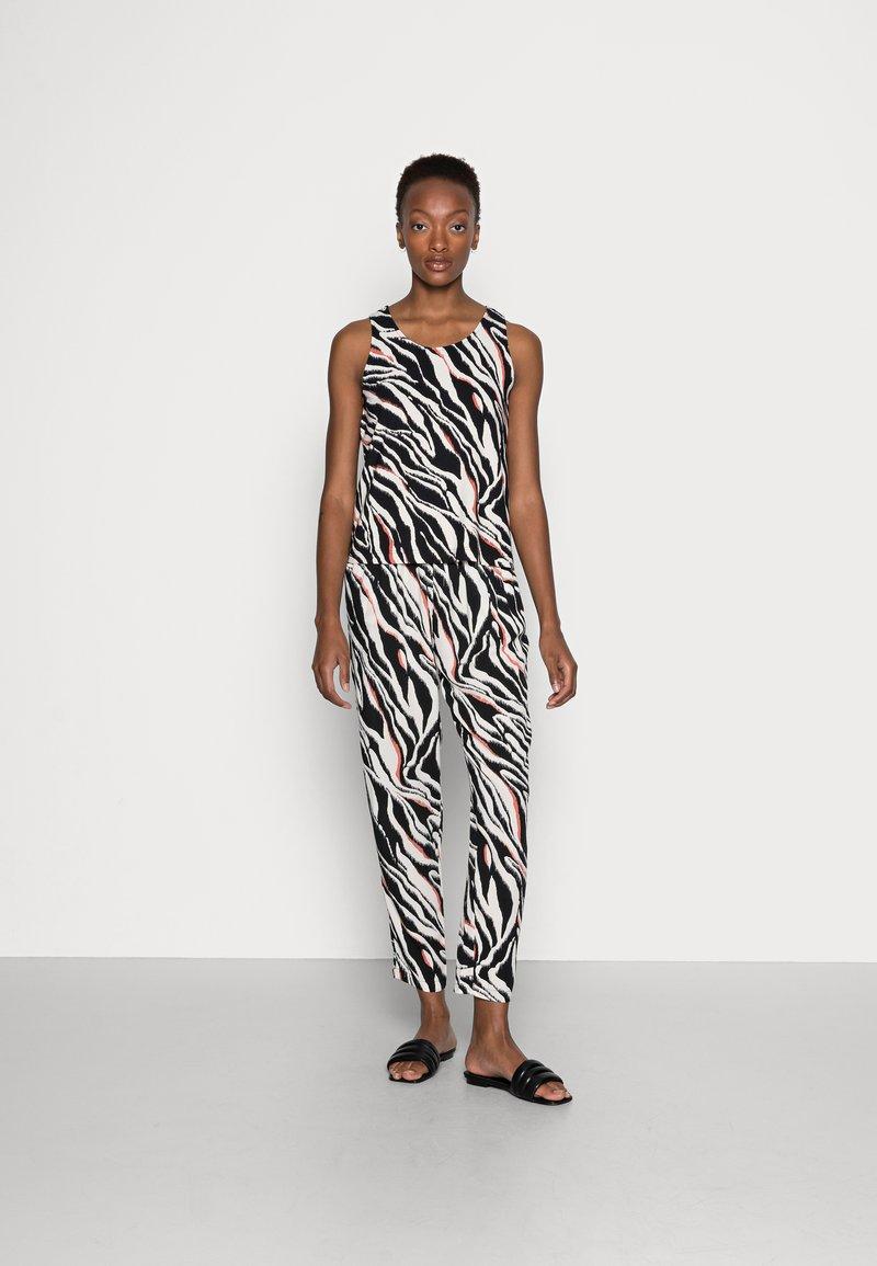 s.Oliver - Top - black zebra
