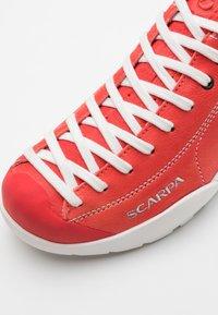 Scarpa - MOJITO SUMMER - Zapatillas de senderismo - red - 5