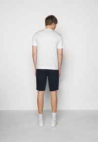 Emporio Armani - EXCLUSIVE  - Basic T-shirt - white - 2