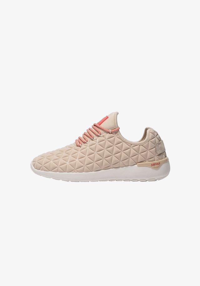 SPEED SOCKS SS122 - SNEAKER LOW - Sneakers laag - tan coral