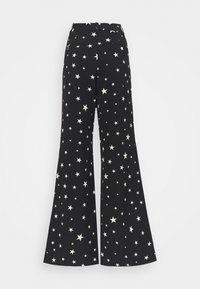 Fabienne Chapot - PUCK TROUSER - Trousers - black/warm white - 7