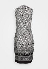 Esqualo - DRESS IKAT PRINT - Sukienka etui - black - 1