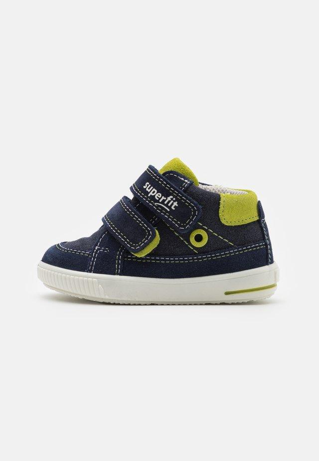 MOPPY - Touch-strap shoes - blau/grün