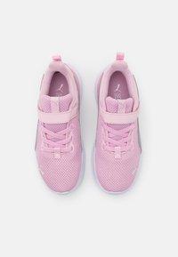 Puma - ANZARUN LITE UNISEX - Neutrální běžecké boty - pink lady/silver - 3