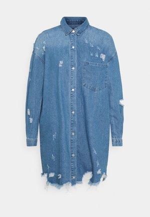 SUPER HEM DISTRESS DRESS - Denim dress - blue