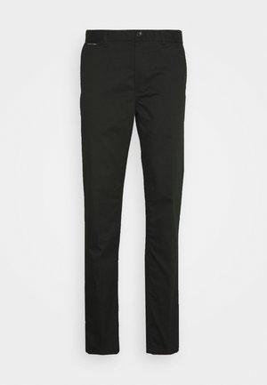MOTT CLASSIC  - Trousers - fern