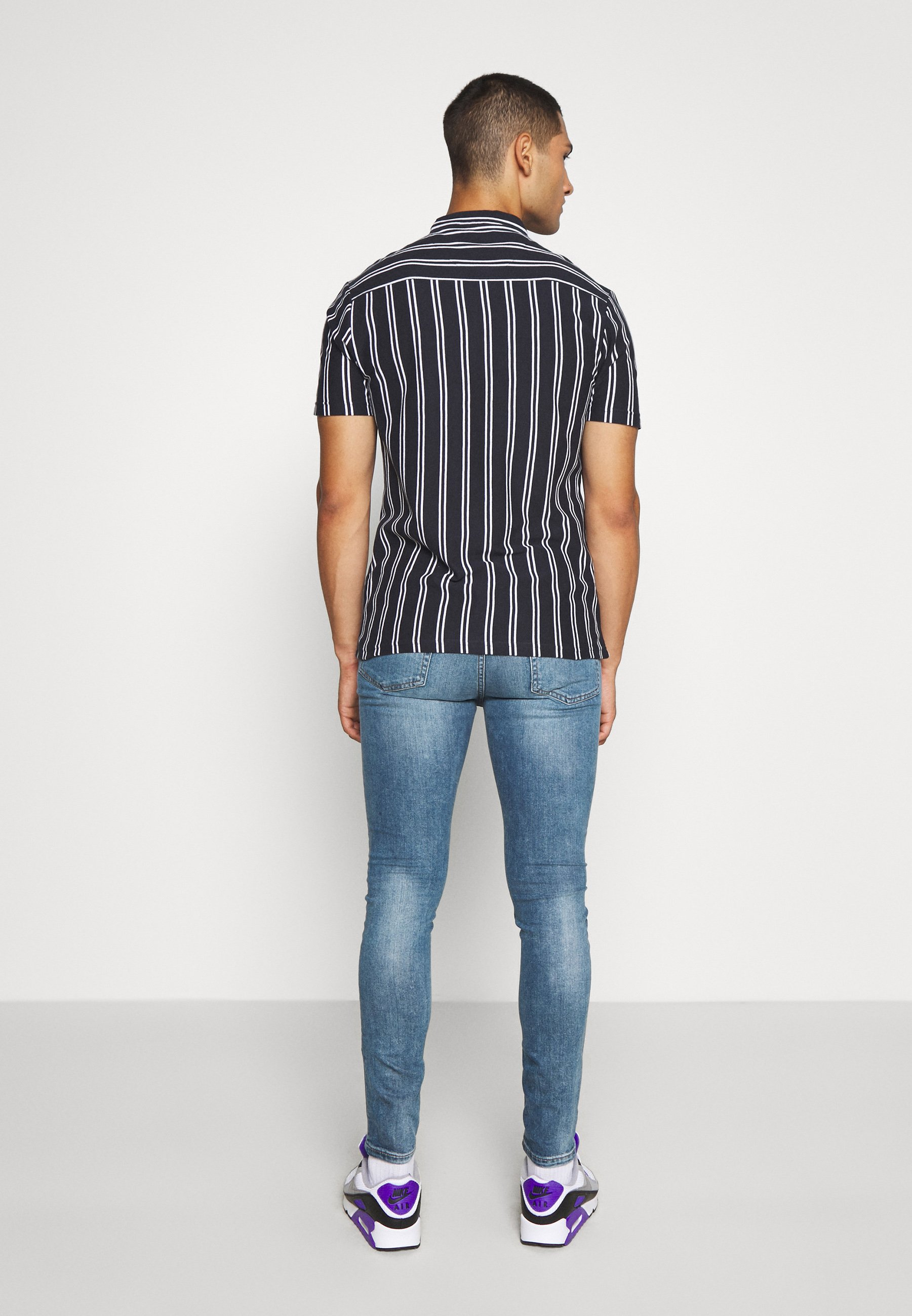 New Look SPRAY ON WASH SIMON - Jeans Skinny Fit - mid blue