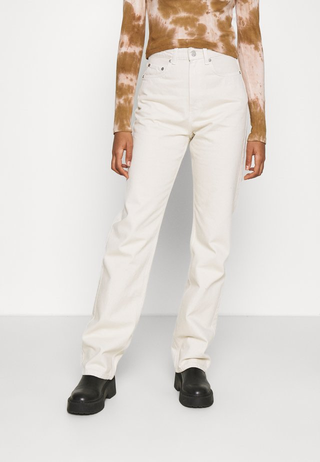 ROWE WIN - Straight leg jeans - tinted ecru