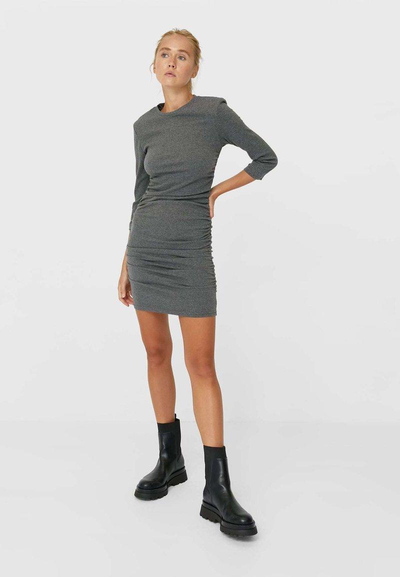 kurzes kleid mit raffung - jerseykleid - dark grey