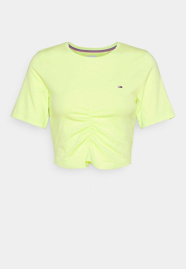 CROP RUCHE - Camiseta estampada - faded lime