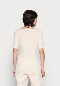 Marc O'Polo - Basic T-shirt - summer taupe - 2