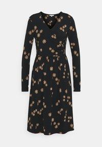 Thought - EVERLY WRAP DRESS - Žerzejové šaty - black - 0