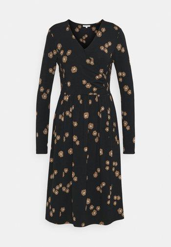 EVERLY WRAP DRESS - Žerzejové šaty - black
