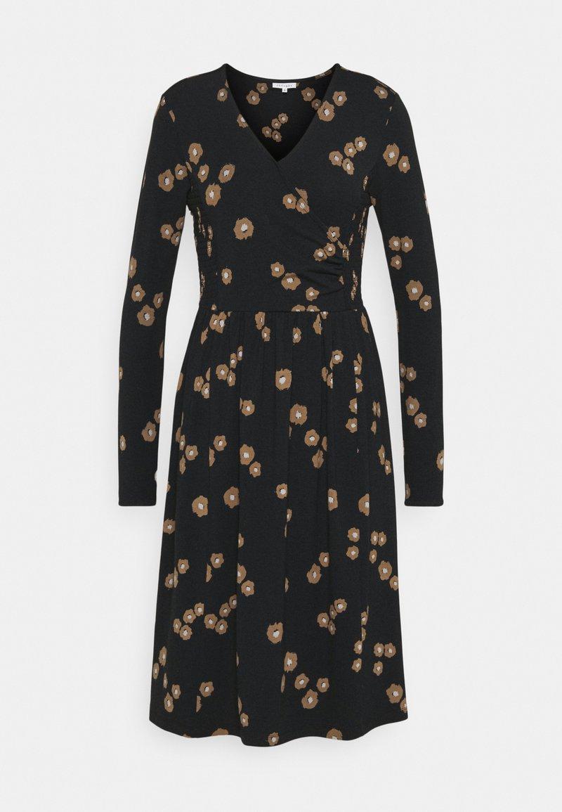 Thought - EVERLY WRAP DRESS - Žerzejové šaty - black
